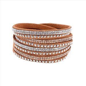 NWT * TAN Glittering Swarovski Bracelet!